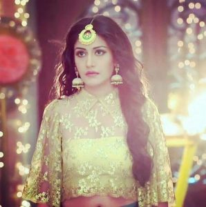 Ishqbaaz Anika Outfit Fashion Trends to Follow, Anika in Sarees, ishqbaaz outift ideas, celebrity outfits from Ishqbaaz and dil bole oberoi