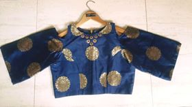 Styles of Choli and Blouses for Navratri, choli designs for navratri, new styles navratri blouses, navratri outfits, styles for navratri 2017, saree blouse designs, choli designs for navratri, aarmus designer wear
