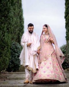 Anushka Sharma and Virat Kohli Wedding Wear, anushka and virat wedding wear, anushka sharma wedding lehenga, virat kohli wedding sherwani, wedding outfits of virushka, anushka and virat wedding outfits, bollywood wedding outfits,