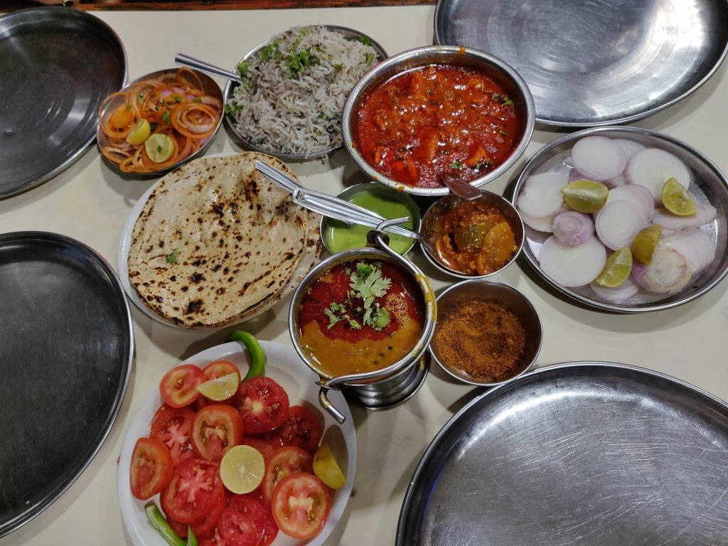 budget restaurants mount abu, place to eat nonveg in mount abu, best nonveg retaurant mount abu
